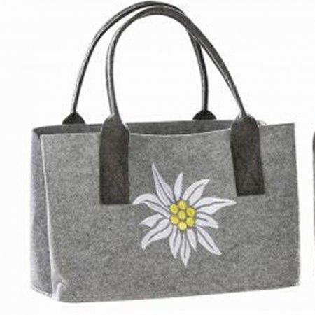 superschöne Geschenkidee Edelweiß Filztasche hellgrau bestickt weiß gelb Einkaufstasche