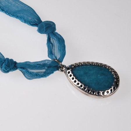 Damenhalskette Stoffband blau Trachtenschmuck Anhänger blau silber