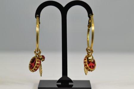 Modeschmuck Metall Creolen goldfarben Anhänger Peacezeichen Blatt kleiner Stein