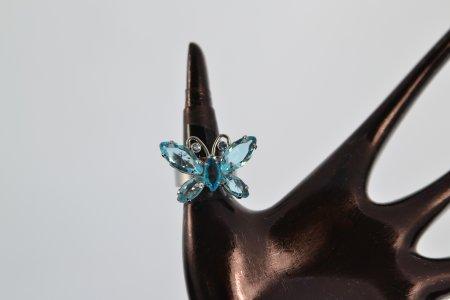 Modeschmuck Ring silberfarben Schmetterling Farbe türkis Schiene dehnbar