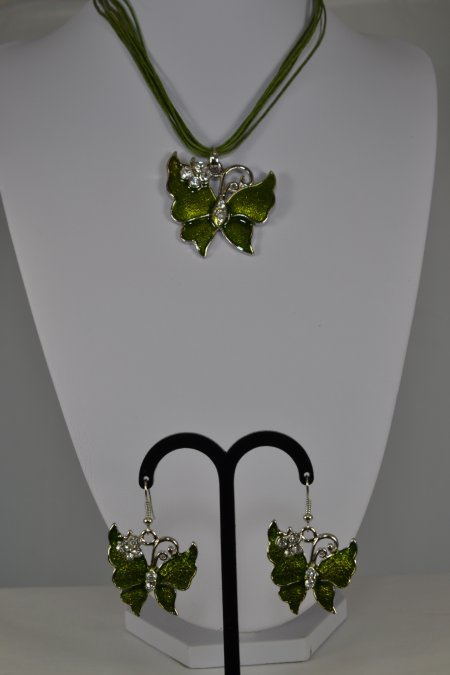 Schmuck Set Kette mit Anhänger Schmetterlingsohrringen grün